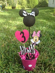 Minnie Mouse birthday decoration by RaeofSunshinedesign on Etsy, $11.00