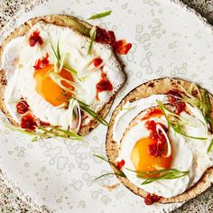 Fried Egg Tacos with Spicy Jam Recipe. Sambal oelek and chili-garlic sauce are similar except the latter has garlic in it. Glad we could help clear that up. Best Egg Recipes, Healthy Egg Recipes, Jam Recipes, Brunch Recipes, Breakfast Recipes, Breakfast Dishes, Breakfast Casserole, Healthy Food, Yummy Food