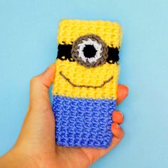 Love these characters from the movie. Have to make this awesome Minion Phone Case in your collection.
