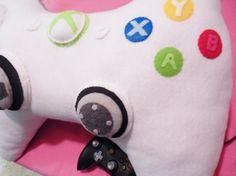Have sweet gaming dreams with this Xbox 360 controller pillow. Kawaii, Gamer 4 Life, Xbox 360 Controller, Nerd Crafts, Console, Gamer Room, Pad, Fun Games, Xbox Games