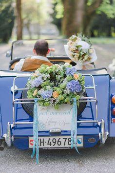 Hochzeitsinspiration: Sommerlich schick zur Standesamt-Hochzeit @Anna Zeiter Photography http://www.hochzeitswahn.de/inspirationsideen/hochzeitsinspiration-sommerlich-schick-zur-standesamt-hochzeit/ #wedding #mariage #blue