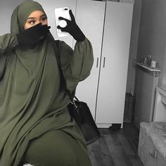 Peek a booo and love green of our famous And khakiiii ? Order informations and price on Hijab Niqab, Hijab Outfit, Hijab Mode Inspiration, Polo Lacoste, Modest Fashion Hijab, Hijab Collection, Muslim Women Fashion, Madina, Fashion Couple