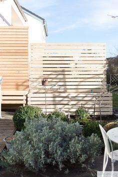 Sichtschutz selber bauen | Villa Josefina Gazebo, Diy Pergola, Hydrangea Care, Villa, Different Plants, Pergola Designs, Planter Boxes, Terrazzo, Indoor Plants