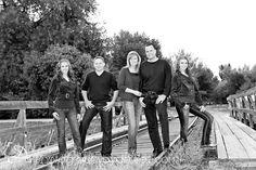 adult family photo poses | Adult family pose | Railroad Tracks