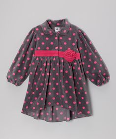 This girly jacket combines endearing style with enduring craftsmanship. Featuring bright colors and a playful design, it's easy to spot a little darling sporting this fleecy piece on a playground.100% polyesterMachine wash; tumble dryImported