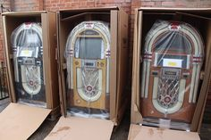 Some beautiful Rock-Ola Bubbler Jukeboxes. http://www.gamesroomcompany.com/Product_Catalogue/Jukeboxes