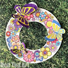 Spring Wreath Coloring Pages Spring Wreath Coloring Pages – Darling Spring Wreaths for Spring, Easter and Mother's Day. How lovely are they? Print, color, snip, add the butterflies and you have a gorgeous design! Spring Wreath Coloring Pages Spring Arts And Crafts, Easter Arts And Crafts, Winter Crafts For Kids, Wreath Crafts, Craft Stick Crafts, Diy And Crafts, Craft Ideas, 3d Design, Crafts For Seniors