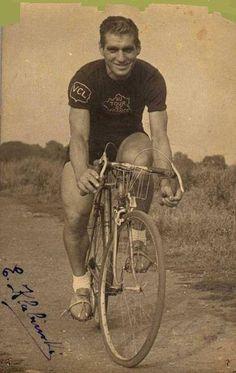 Edward Klabiński był pierwszym zwycięzcą wyścigu Critérium du Dauphiné w roku 1947. Photo Credit: Courtesy Guy Dedieu, Cycling Archives