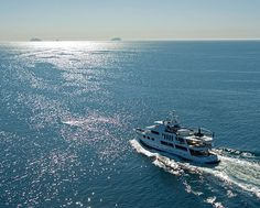 142′ Super Yacht Up to 12 Guests 3