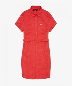 The belted shirt dress is a Perry girl staple. This polka dot version is designed with classic slim fit shirting details, with a one-finger roll button-down collar and curved hem. The cuffs are unfixed for rolling up, and the left pocket is embroidered wi