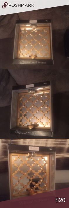 Pretty wall sconce Gold mirrored wall decor Other