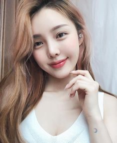 Pony Makeup's Simple and Natural Makeup Inspiration ( Korean Make Up, Cute Korean Girl, Asian Girl, Korean Makeup Look, Korean Beauty, Asian Beauty, Pony Makeup, Beauty Makeup, Hair Beauty