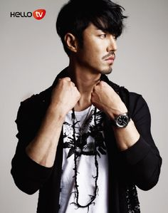 Not usually a mustache fan, but damn he just oozes the sex. i love cha seung won