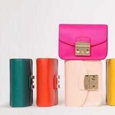 Furla Metropolis bags: same, but different. ❤️ #furlafeeling #fashion #bag #furlametropolis