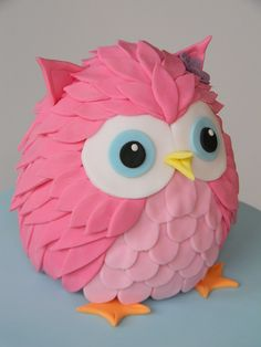 Diy Pinata Discover Love this cute pink owl cake. Just call me Martha Owl Cakes, Cupcake Cakes, Ladybug Cakes, Fruit Cakes, Owl Cake Toppers, Animal Cakes, Pink Owl, Cute Cakes, Clay Crafts
