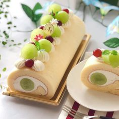 Gourmet Desserts, Fancy Desserts, Delicious Desserts, Dessert Recipes, Sweet Recipes, Real Food Recipes, Jelly Roll Cake, Swiss Roll Cakes, Cake Roll Recipes