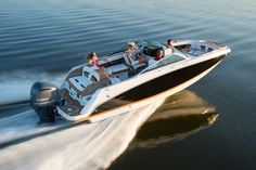Hawk's Marine offers you highest-quality boats at the affordable rate. Our services will help you to find acquire excellent boats while your are searching boats for Sale in Middle River.
