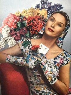 Harper's Bazaar ♥ April 1944  1940's fashion