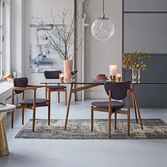 Shop glass dining table from west elm. Find a wide selection of furniture and decor options that will suit your tastes, including a variety of glass dining table. West Elm Dining Table, Glass Round Dining Table, Modern Dining Table, Dining Chairs, Room Chairs, Round Glass, Bag Chairs, Glass Table, Clear Glass
