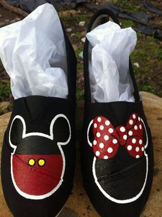 the latest 08b97 5a873 Hand painted Mickey Minnie Mouse canvas slip by Shoebeedoobeedoo, 50.00  Hand Painted Shoes, Painted