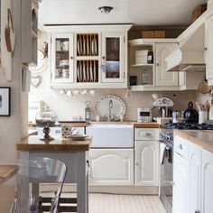 Küchen Küchenideen Küchengeräte Wohnideen Möbel Dekoration Decoration Living Idea Interiors home kitchen - Creme Landküche