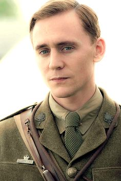 He looks just like some sort of gorgeous angel.Tom Hiddleston as Capt. Nicholls in 'War Horse' Thomas William Hiddleston, Tom Hiddleston Loki, British Men, British Actors, David Tennant, My Tom, Men In Uniform, Hemsworth, Cute Guys