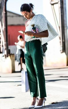 loving these green pants for summer