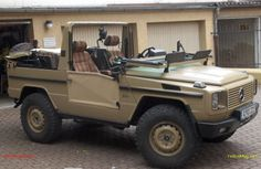 Benz G, Mercedes G, G Shock, Peugeot, Military Vehicles, Offroad, Cool Cars, Super Cars, Convertible