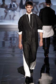 Jean Paul Gaultier Spring 2011 Menswear Collection Photos - Vogue