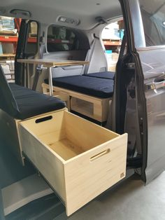 Minivan Camper Conversion, Suv Camper, Mini Camper, Camper Life, Honda Odyssey, Odyssey Van, Honda Element Camping, Minivan Camping, Stealth Camping