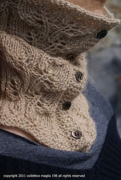 Cowl (Scarborough fair neck warmer by Annalisa Dione) Free pattern