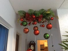 easy and affordable christmas decorating ideas to brighten up the holidays 1 Easy Christmas Decorations, Christmas Swags, Christmas Mantels, Christmas Design, Simple Christmas, Christmas Lights, Holiday Crafts, Christmas Holidays, Christmas Ornaments