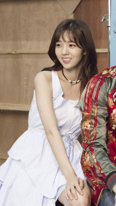 [채수빈] '최강배달꾼' 미녀배달부로 돌아온 채수빈의 촬영 현장 : 네이버 포스트 Korean Actresses, Korean Actors, Actors & Actresses, Korean Beauty, Asian Beauty, Chae Soobin, Park Bo Young, Celebs, Celebrities