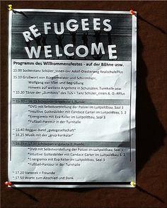 Ma(h)lt sich in diesem Kopf die Welt: Sockenpuppen und Hundestaffel - Oggersheim in Bestform! #refugees