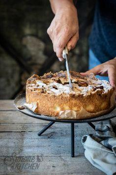 Deze heerlijke appeltaart is de appeltaart zoals je hem vroeger thuis kreeg #appeltaart #bakken #lekkerbakken #receptvoorappeltaart