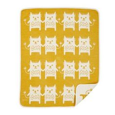 Diese fröhliche Babydecke wurde vom Designstudio Edholm Ullenius entworfen. Sissa Edholm und Lisa Ullenius phantastische Illustrationen machen sich besonders gut auf Babyaccessoires, die gewohnt hohe Verarbeitungsqualität von Klippan Yllefabrik macht diese Decke zum