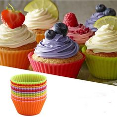 These cupcake liners perfectly reflect the colours of spring.  Silicone makes clean-up a snap!