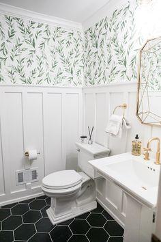 powder room makeover // home renovation