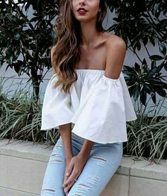 FULt offers a wide selection of trendy fashion style women's clothing. Affordable prices on new tops, dresses, outerwear and more.