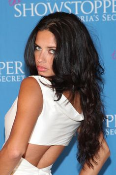 Adriana Lama in white 2014 Brunette Beauty, Hair Beauty, Adriana Lima Young, Belle Silhouette, Aesthetic People, Model Face, Brazilian Models, Hair Art, Beauty