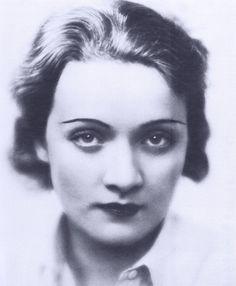 Marlene Dietrich, 1922