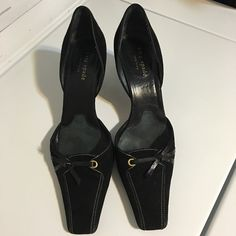 """Kate Spade Suede D'orsay Blac Pumps Sz 7.5 Open for reasonable offer. The item you are about to purchase is a Kate Spade New York Suede D'orsay Pumps. Size 7.5. Made in Italy. It show signs of wear and the bottom of the shoes is dirty but the upper part looks great. Overall the shoes still in a great shape. No discoloration. No dustbag and no box included. If you want more pictures, please leave a comment. To make an offer, please use """"offer"""" button. Thank you! kate spade Shoes"""