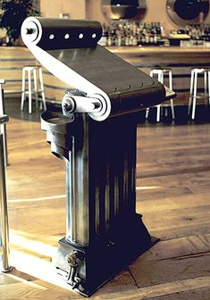 Maitre'd' for restaurant, reclaimed victorian radiator, steel, sandblasted and lacquered. Victorian Radiators, Rose Arbor, Furniture Making, Metal Working, Interior And Exterior, Furniture Design, Steel, Sculpture, Restaurant