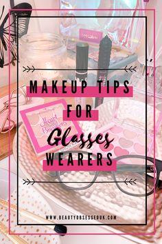 Bold Eyeliner, Cat Eyeliner, Eyeliner Looks, Age Rewind, Lash Curler, Cute Eyes, Wearing Glasses, Natural Lashes, Loose Powder