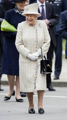 The Queen visited Pangbourne College in Berkshire to celebrate the school's 100th year. Hm The Queen, Her Majesty The Queen, Save The Queen, Queen Mary, Princess Elizabeth, Queen Elizabeth Ii, Kate Middleton, Norman Hartnell, Duchess Of York