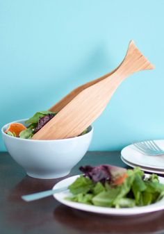 Ложка для салата в форме кита. Заказать из США можно здесь: ishopium.com