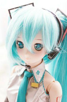 DDH-06 as Hatsune Miku #dollfie