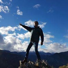 Una excursió a Farrera abans de la nevada!! 🌲💙✌🌄 #hotel #views #mountain #muntanya #pirineu #vallfarrera #farrera #lleida #pirineo #pyrenees #hotelpirineu #hotelmuntanya #hotelpirineo #igerscatalunya #tardor #autumn #otoño #excursio #excursion #lifestyle #montaña #vall #valle #valley #pallars #pallarssobira