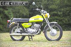 1972 Suzuki first bike, generic image here as mine was actually blue with gravel rash down the left side, god what was I thinking! Suzuki Bikes, Suzuki Motorcycle, Japanese Market, Six Speed, Bike Reviews, Vintage Japanese, Cars And Motorcycles, Motorbikes, Yamaha