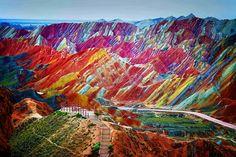 LUGARES INCRÍVEIS E MAGNÍFICOS DO MUNDO !! ~ Filosofia Agressiva - Montanhas coloridas chinesas
